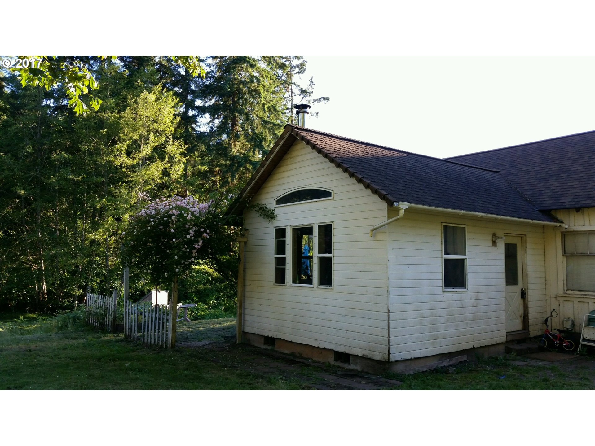 28546 COTTAGE GROVE LORANE RD, Cottage Grove, OR 97424