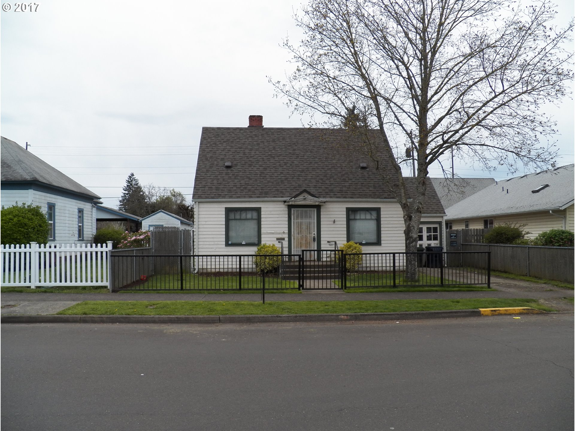 765 GREENWOOD ST, Junction City, OR 97448