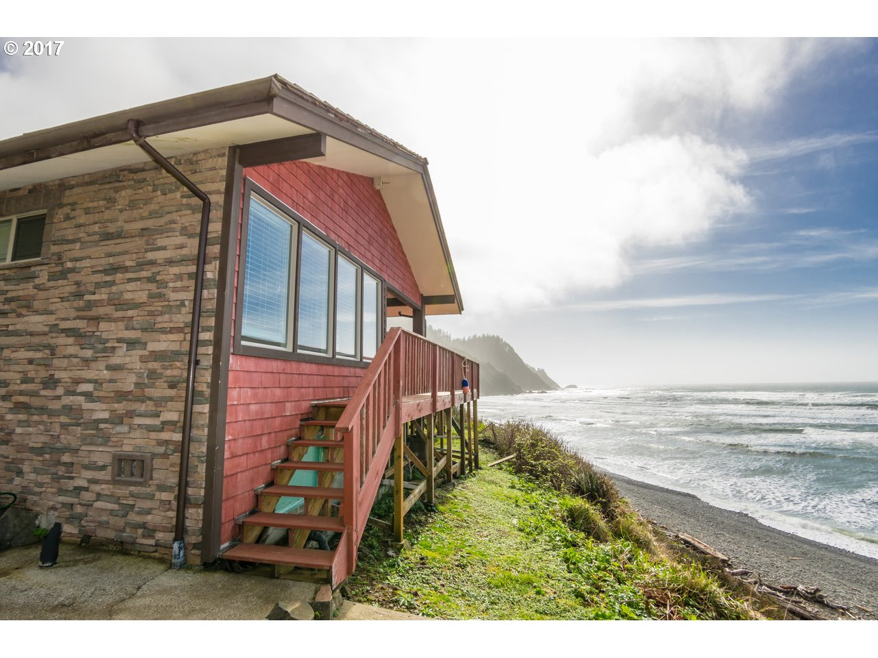 79070 Cove Beach RD, Arch Cape, OR 97102
