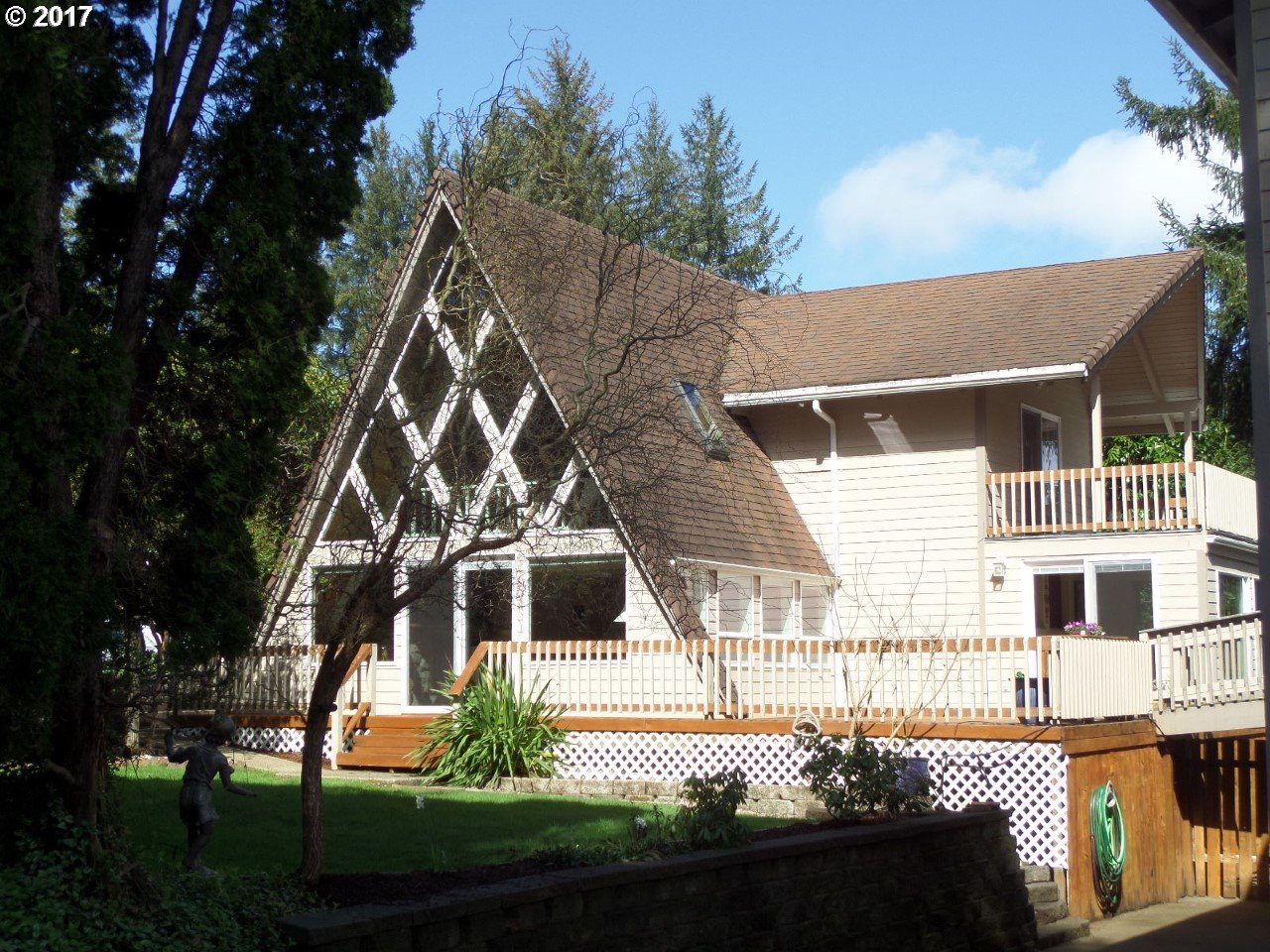 83411 SPRUCE LN, Florence, OR 97439