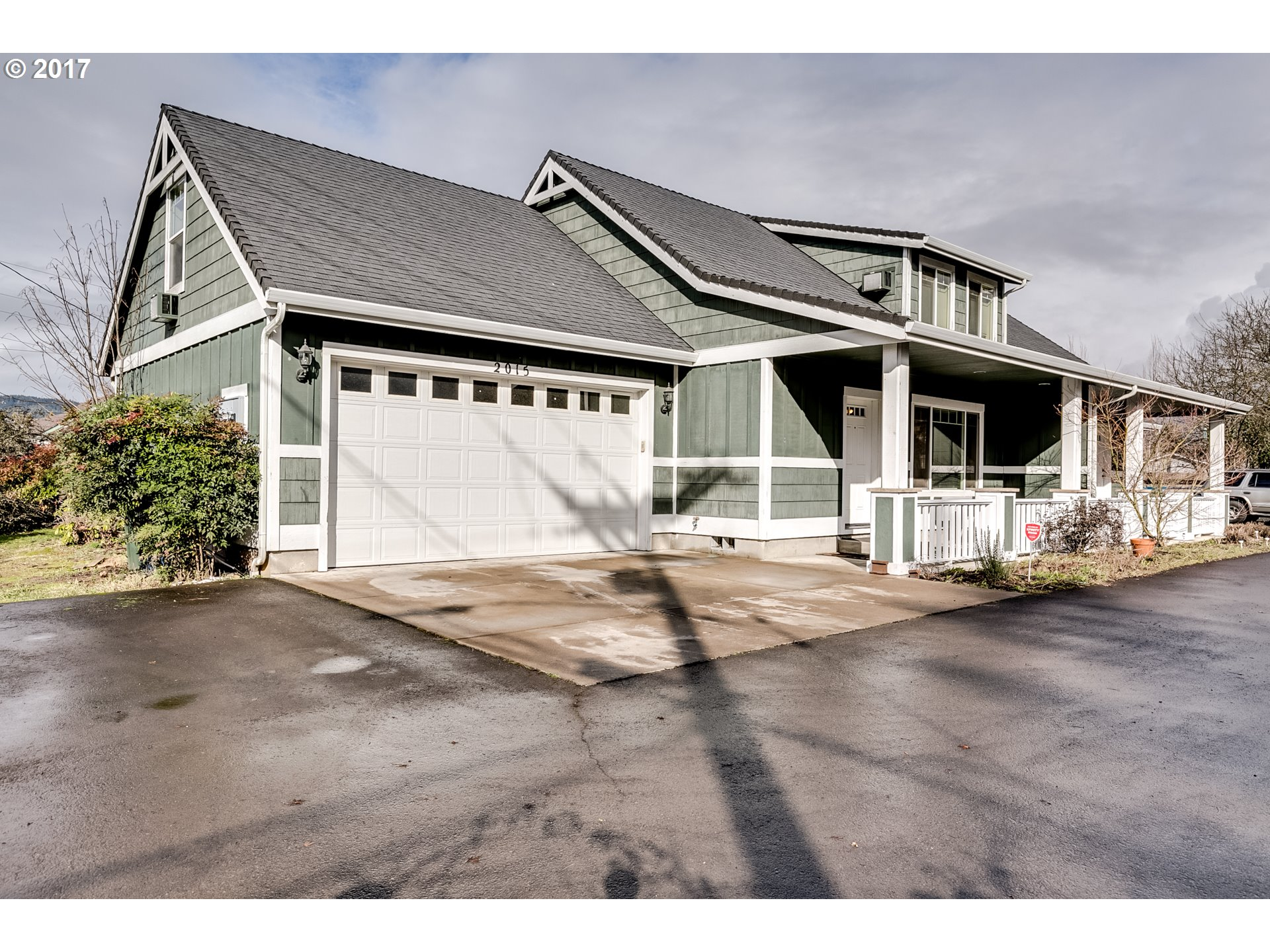 2015 2ND ST, Springfield, OR 97477