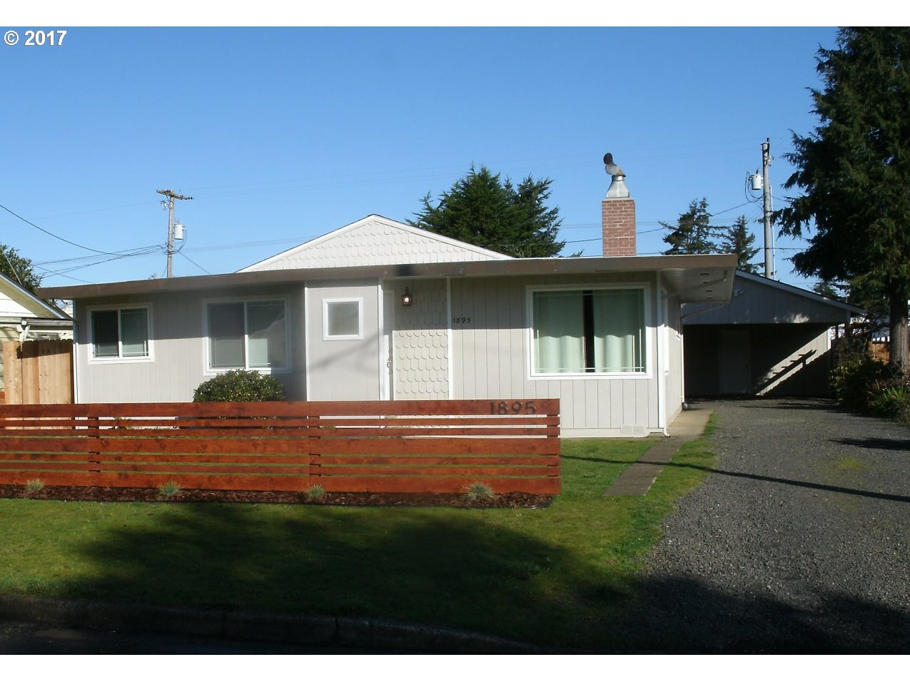 1895 17TH ST, Florence, OR 97439