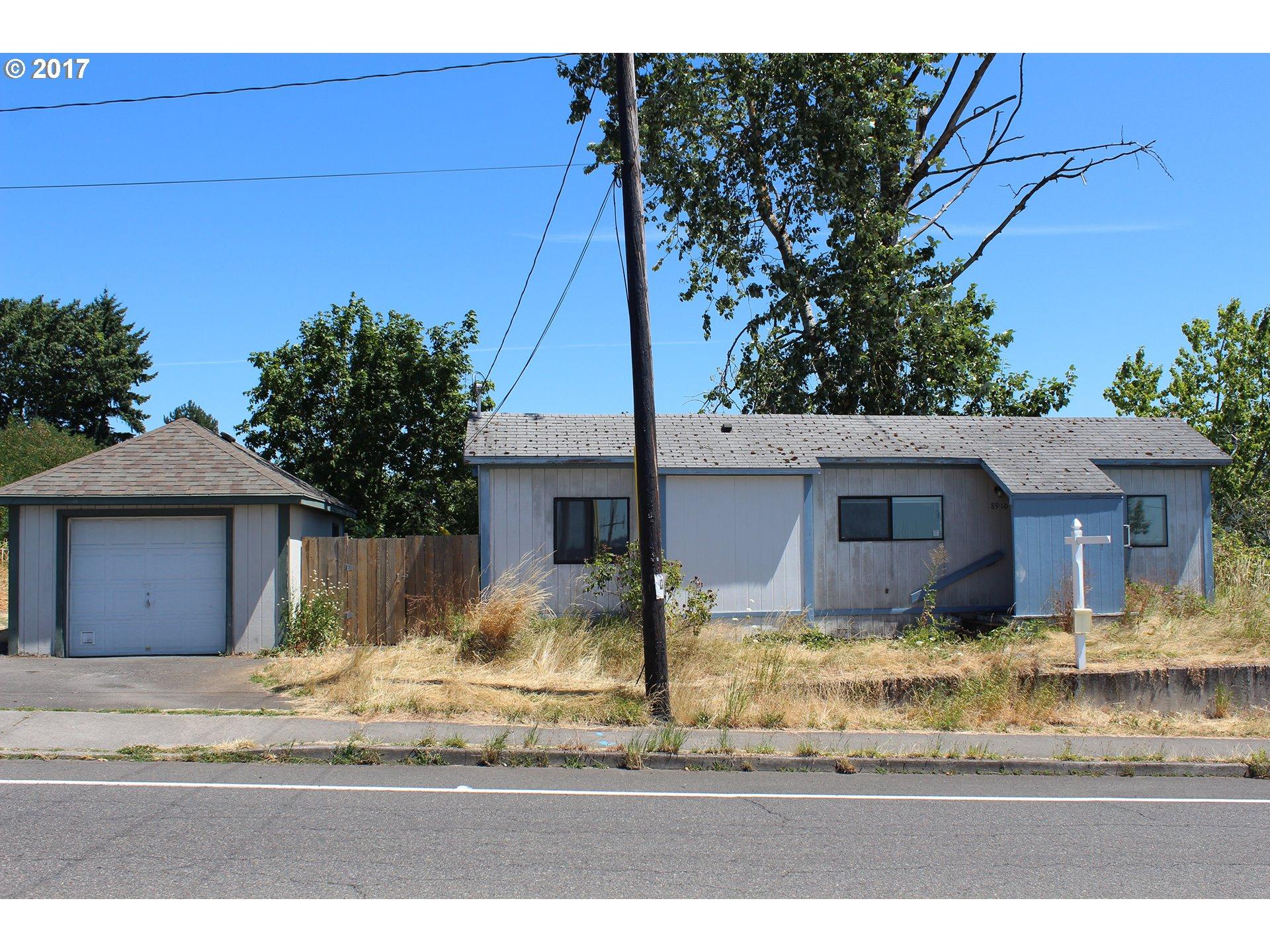 8910 SE FLAVEL DR, Portland, OR 97206