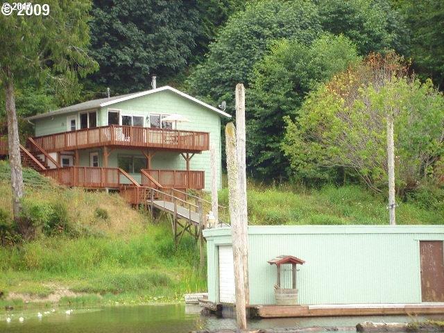 748 N TENMILE LAKE, Lakeside, OR 97449