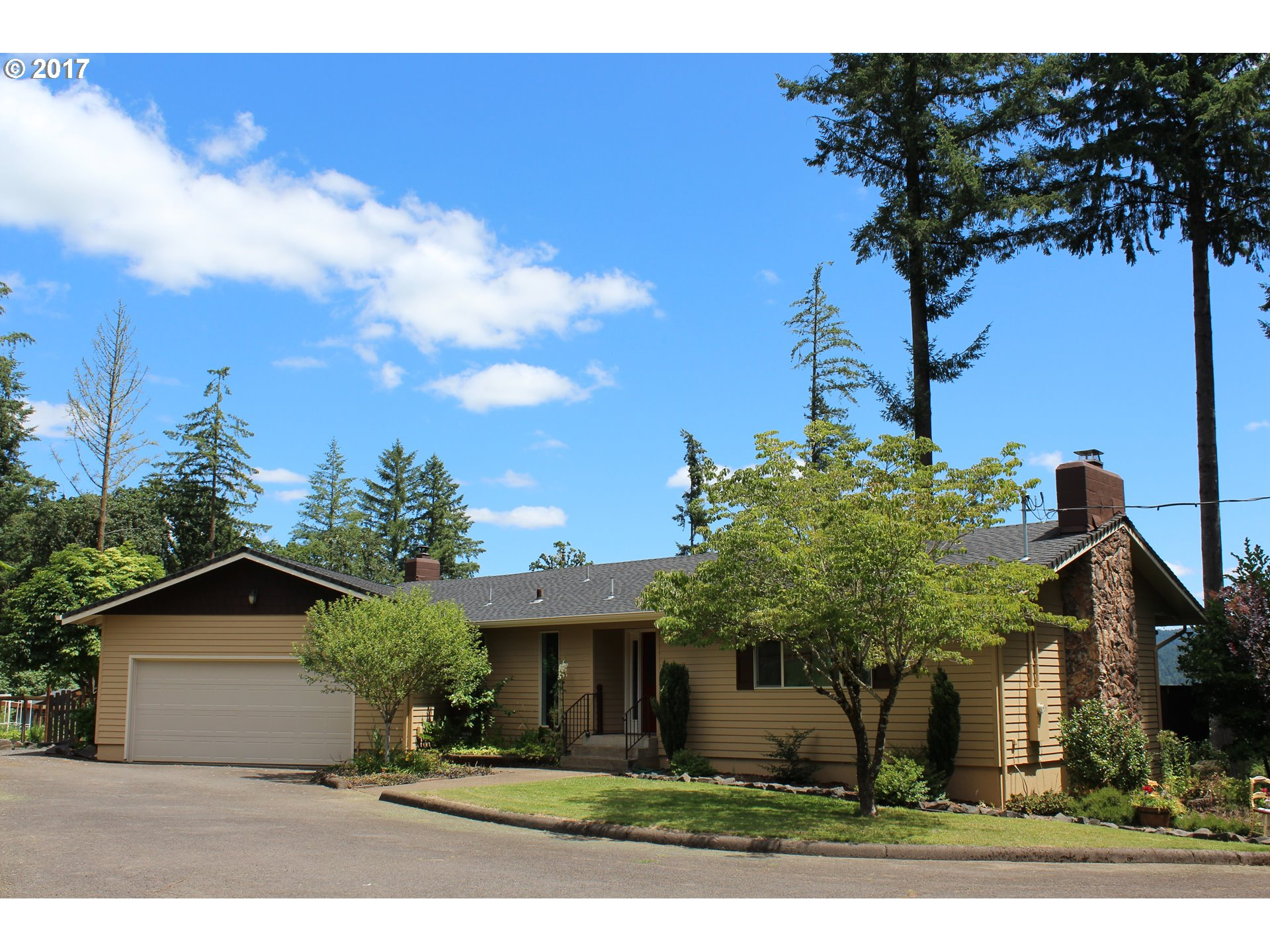 90708 HILL RD, Springfield, OR 97478