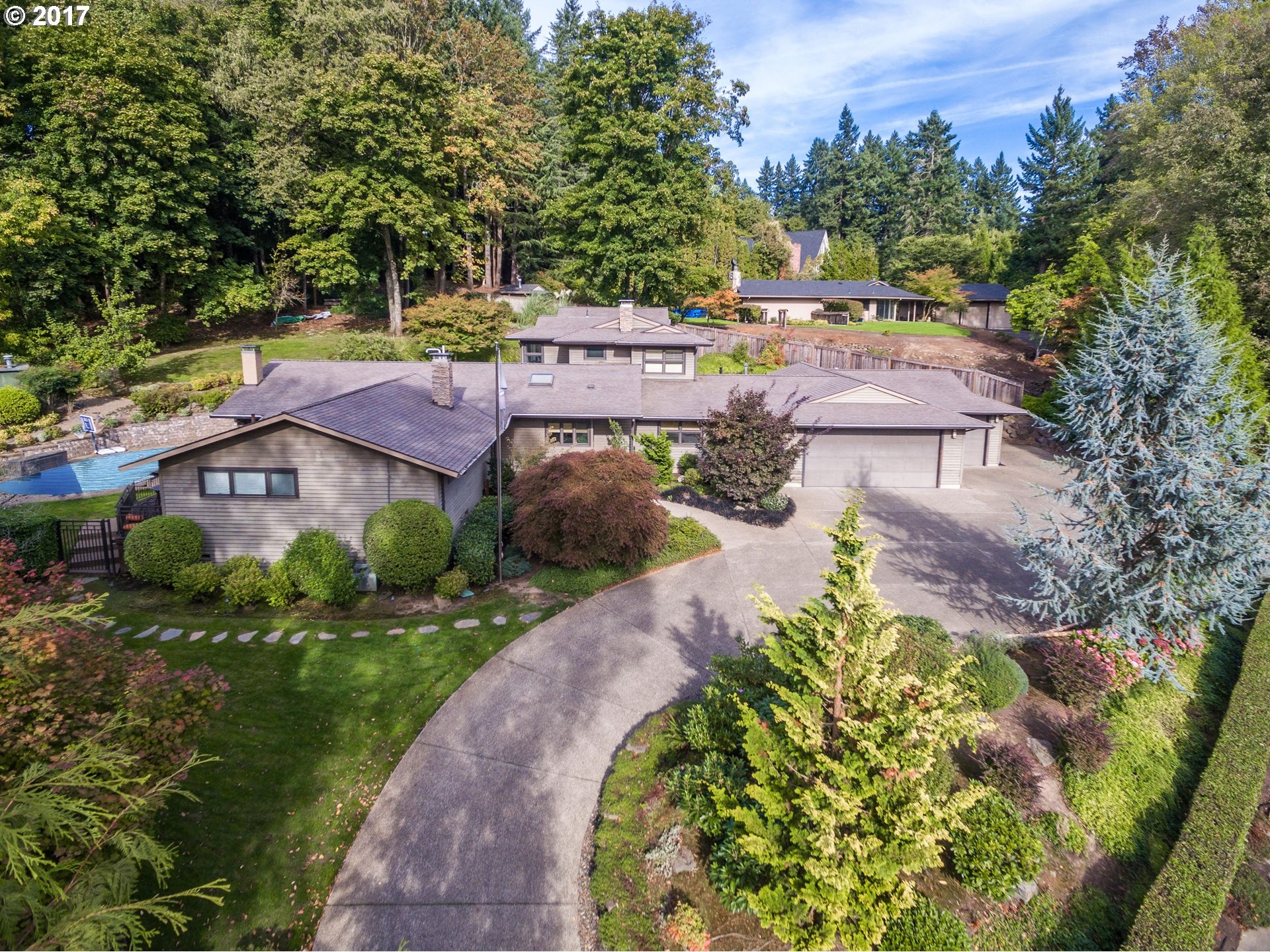12993 SW IRON MOUNTAIN BLVD, Portland OR 97219