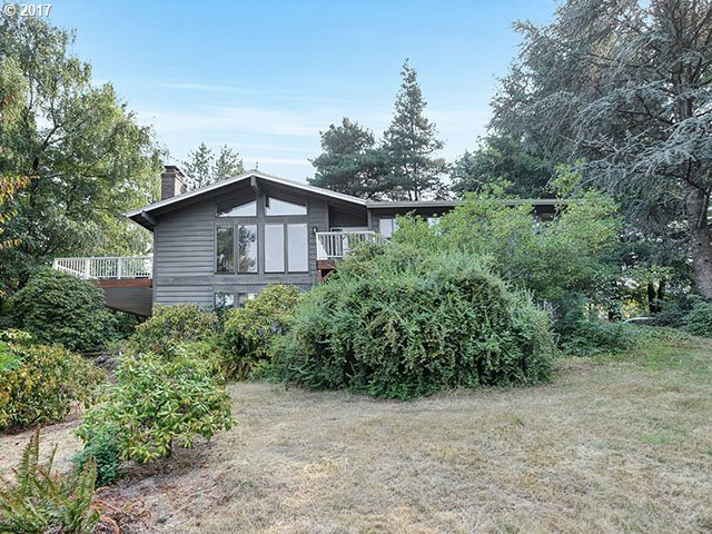 Enjoy the expansive 1.03 acre property! Easy access to Sunset Corridor and downtown.  Blocks from Cedar Mill elementary school. You will love the open, bright, vaulted home with space to entertain and deck that overlooks the garden and property.  Two-hundred square foot shop with 220 power, room for a riding lawnmower and room to work on projects! Don't hesitate; make this place your home!