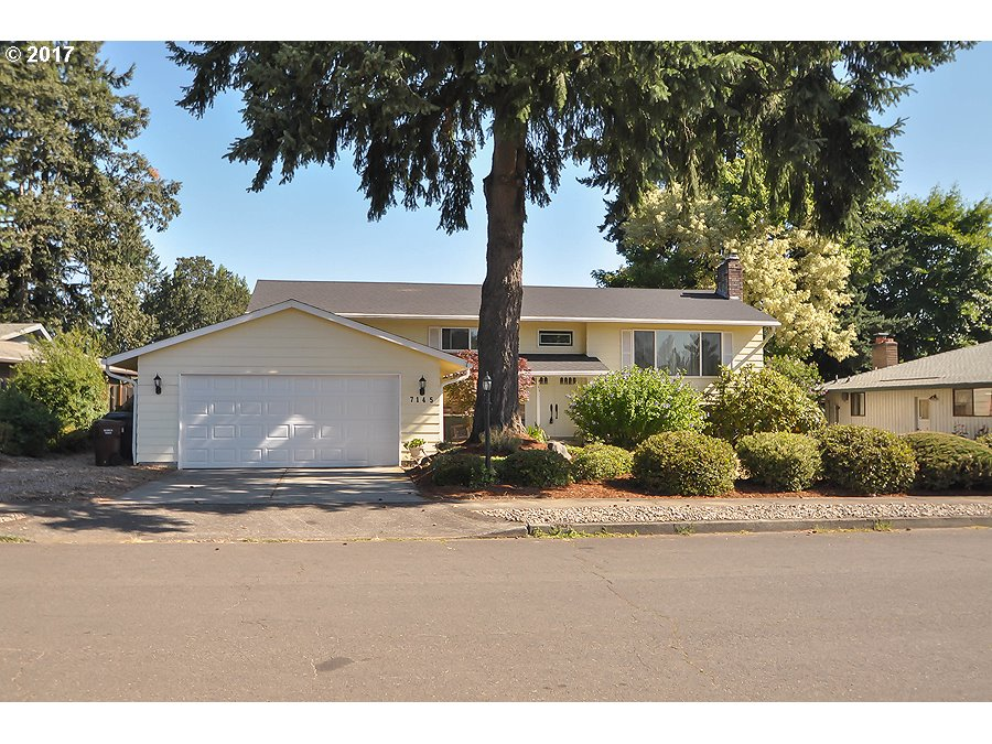 7145 VALLEY VIEW DR, Gladstone, OR 97027