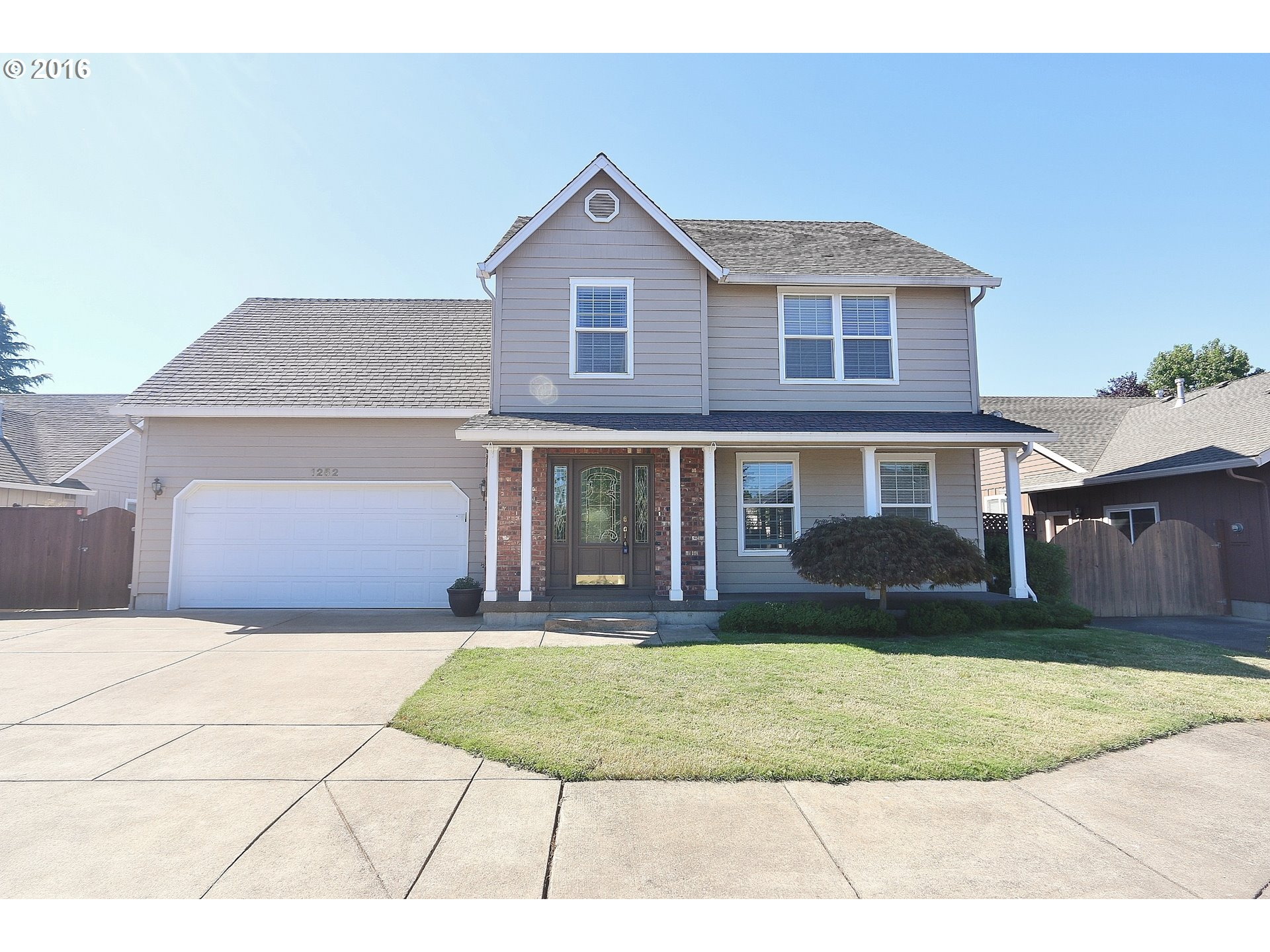 1252 WINERY LN, Eugene, OR 97404