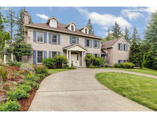 19177 HILL TOP RD, Lake Oswego, OR 97034