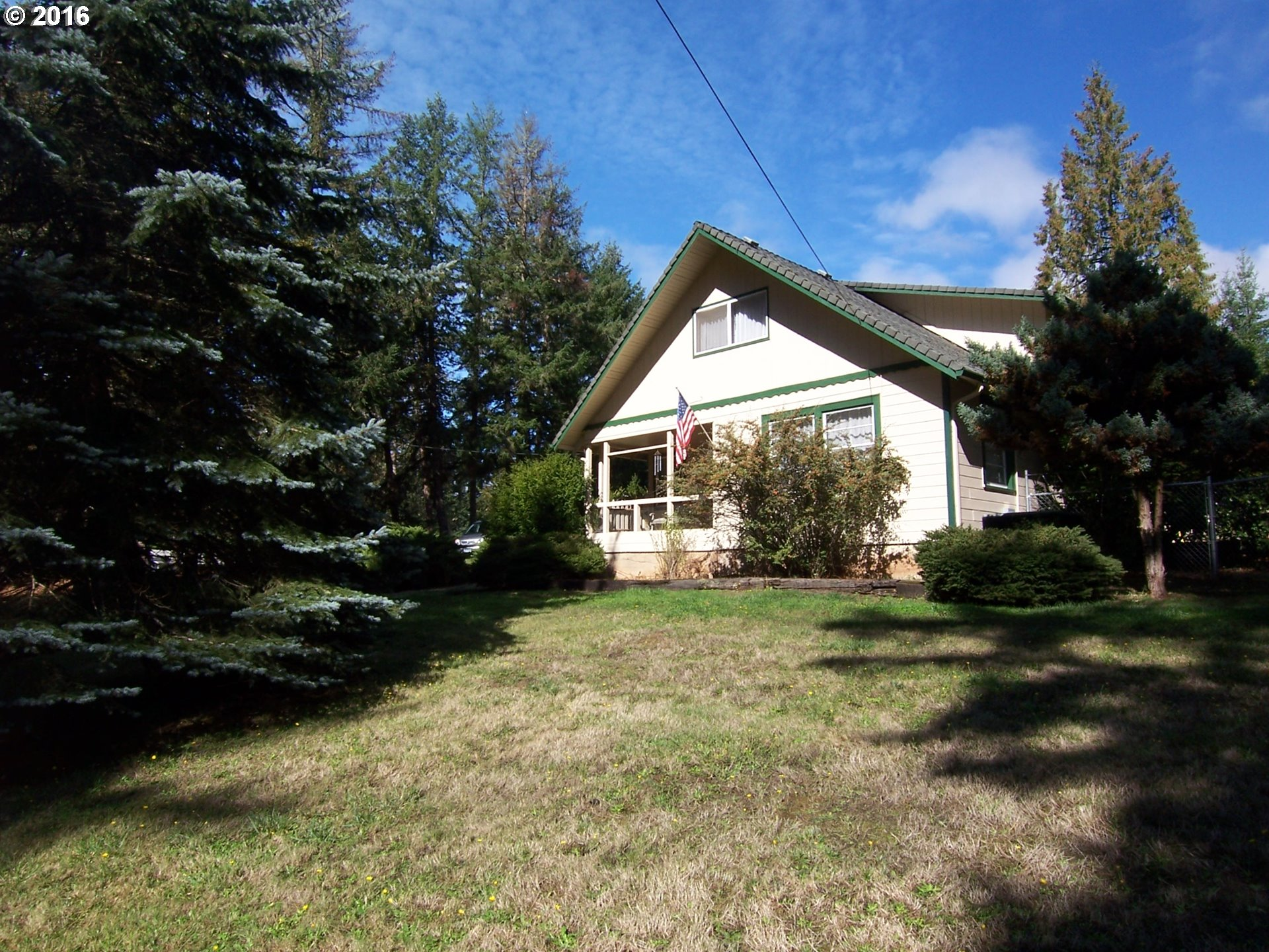 1300 BENNETT CREEK RD, Cottage Grove, OR 97424