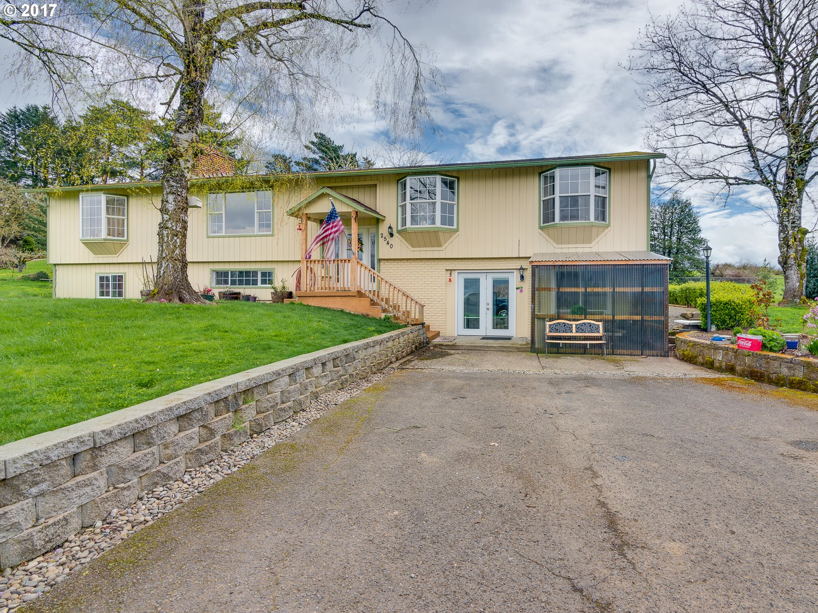 2540 SE 302ND AVE, Troutdale, OR 97060