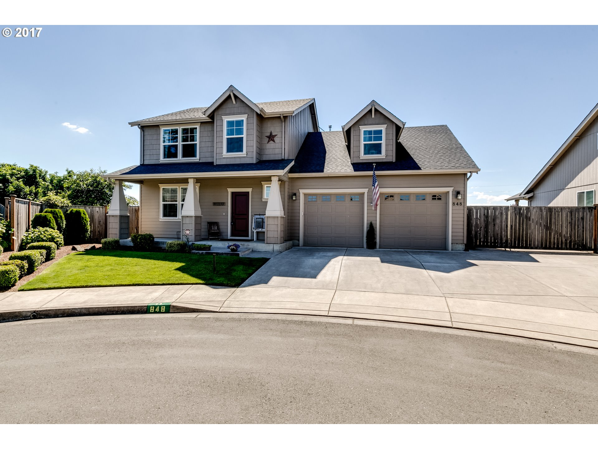 848 S 31ST PL, Springfield, OR 97478
