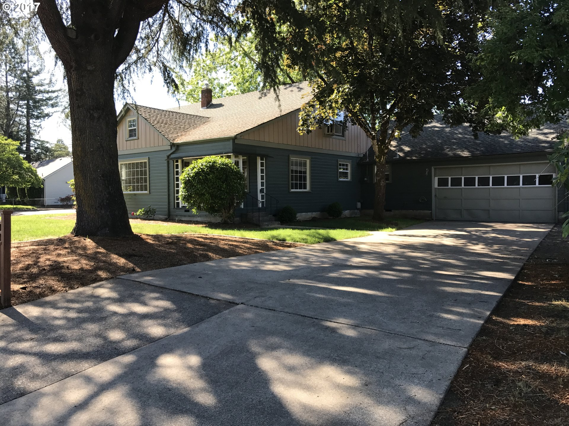 527 OAK TERR, Sweet Home, OR 97386
