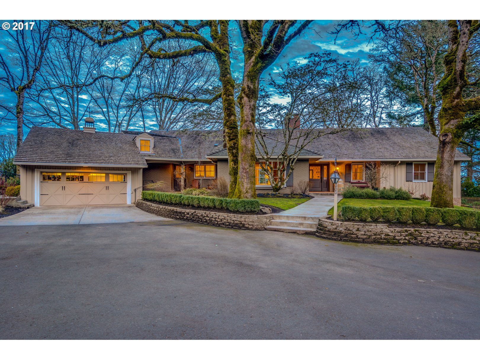 18000 EASTRIDGE LN, Lake Oswego, OR 97034