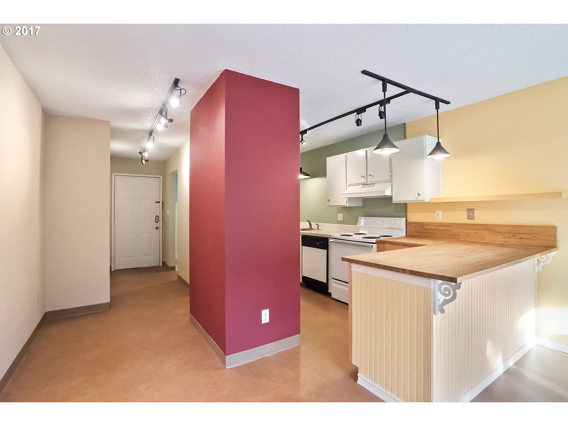 670 sq. ft 1 bedrooms 1 bathrooms  House ,Portland, OR