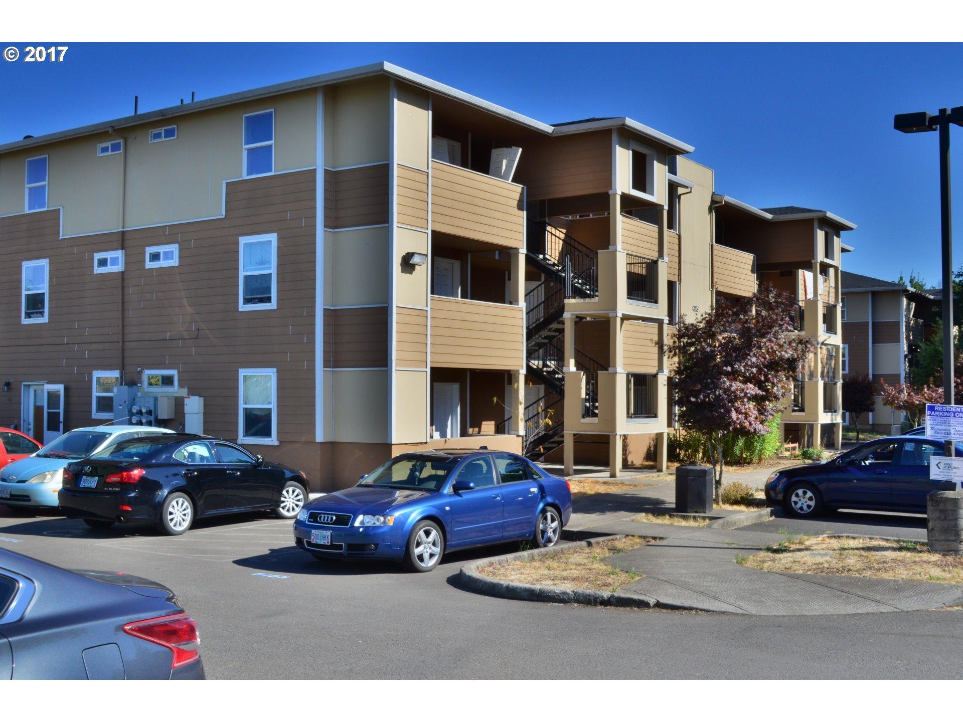 9234 SE DIVISION ST 102, Portland, OR 97266