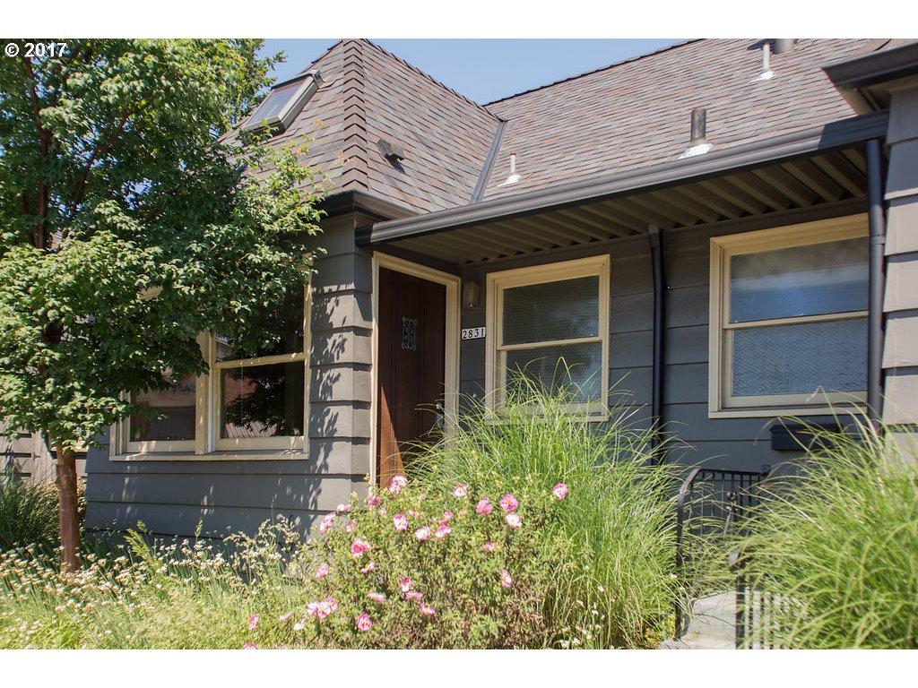 2831 SE HAWTHORNE BLVD, Portland, OR 97214