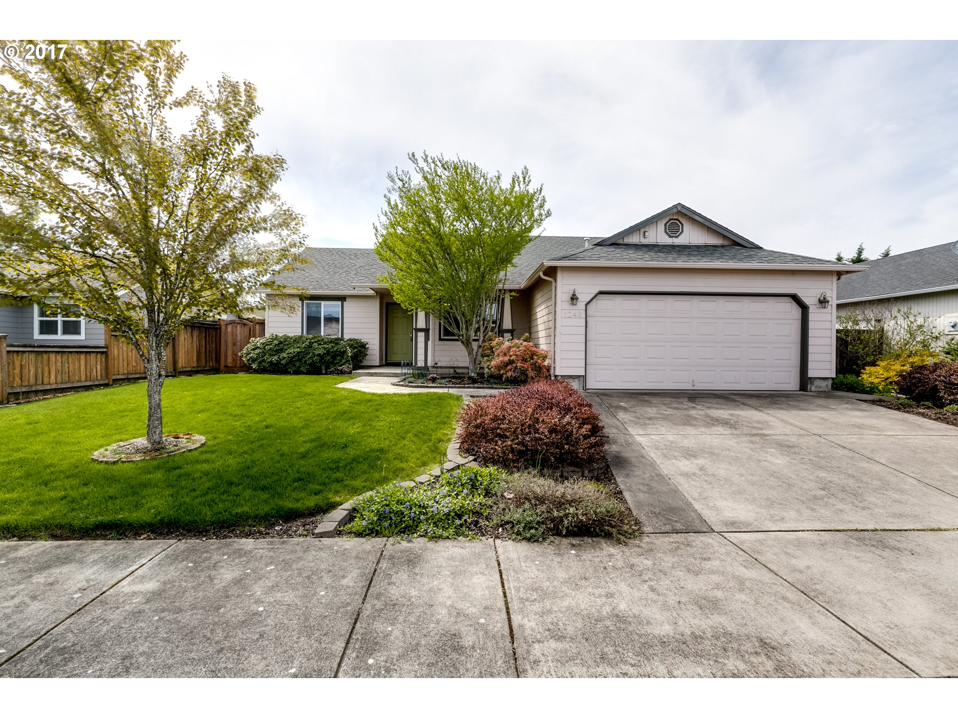 1248 COLTON WAY, Eugene OR 97402