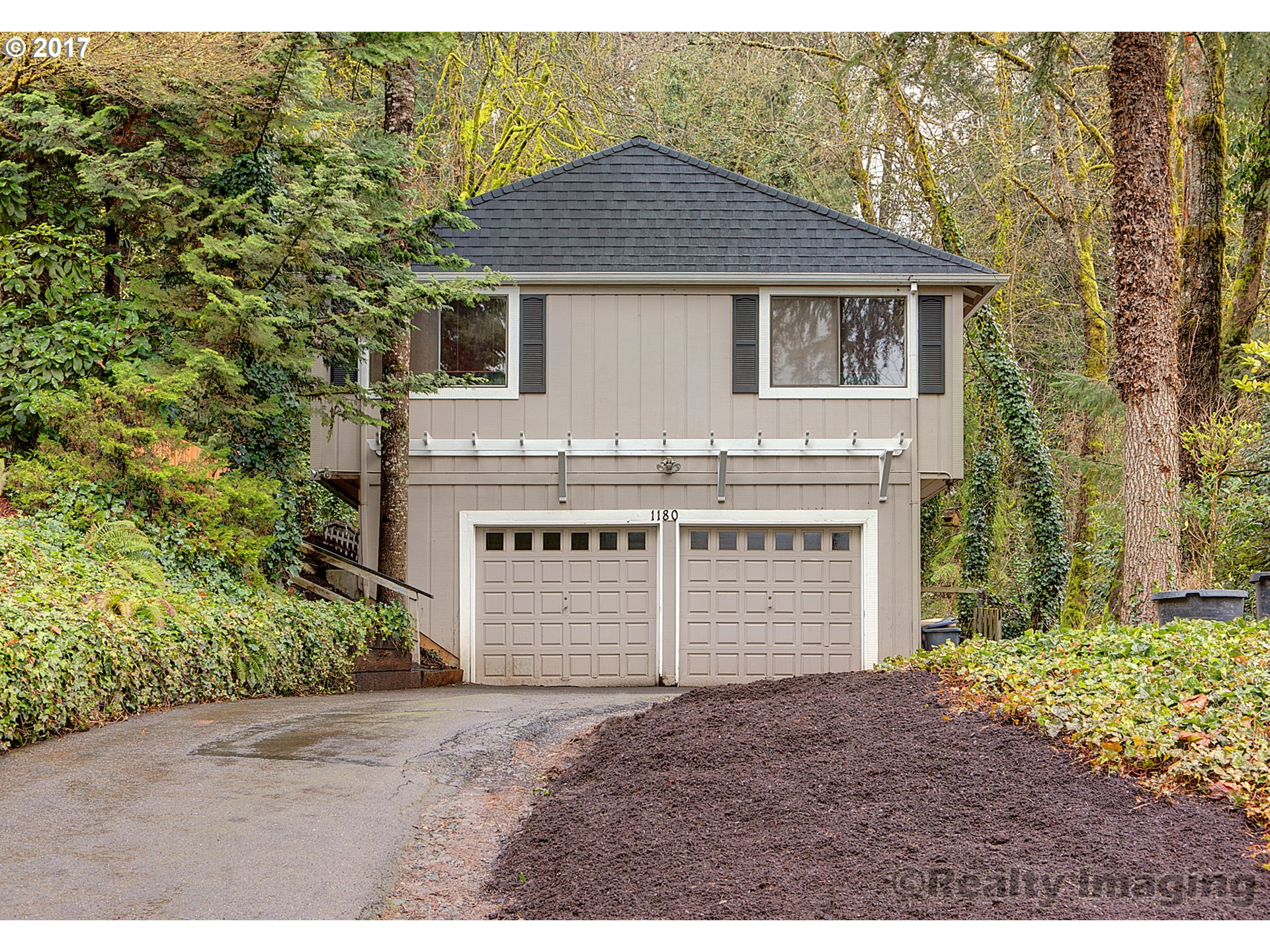 1180 OXFORD DR, Lake Oswego, OR 97034