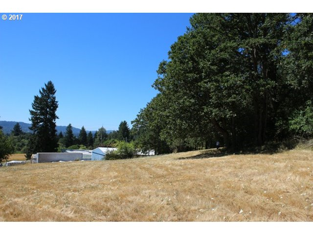 16644 LIVESAY RD, Oregon City, OR 97045