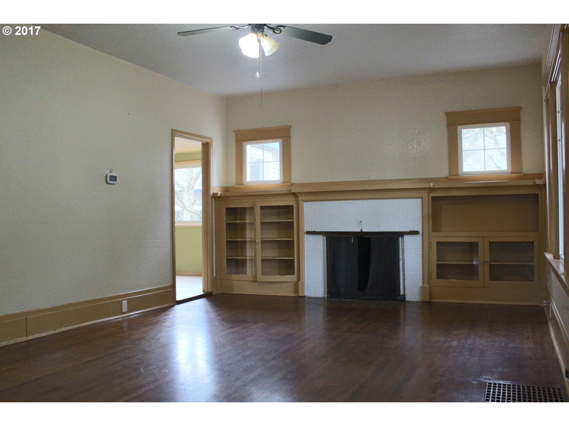 1372 sq. ft 4 bedrooms 2 bathrooms  House , Portland, OR