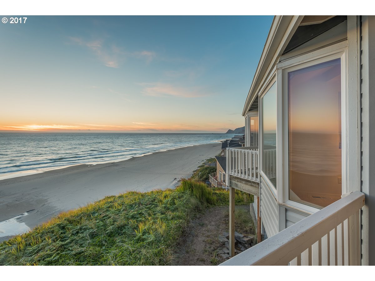 2555 NW INLET AVE, Lincoln City, OR 97367