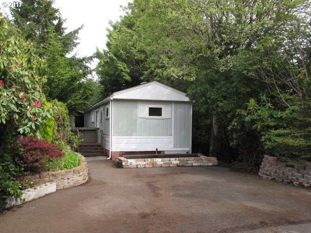 1600 RHODODENDRON DR SPAC 187, Florence, OR 97439