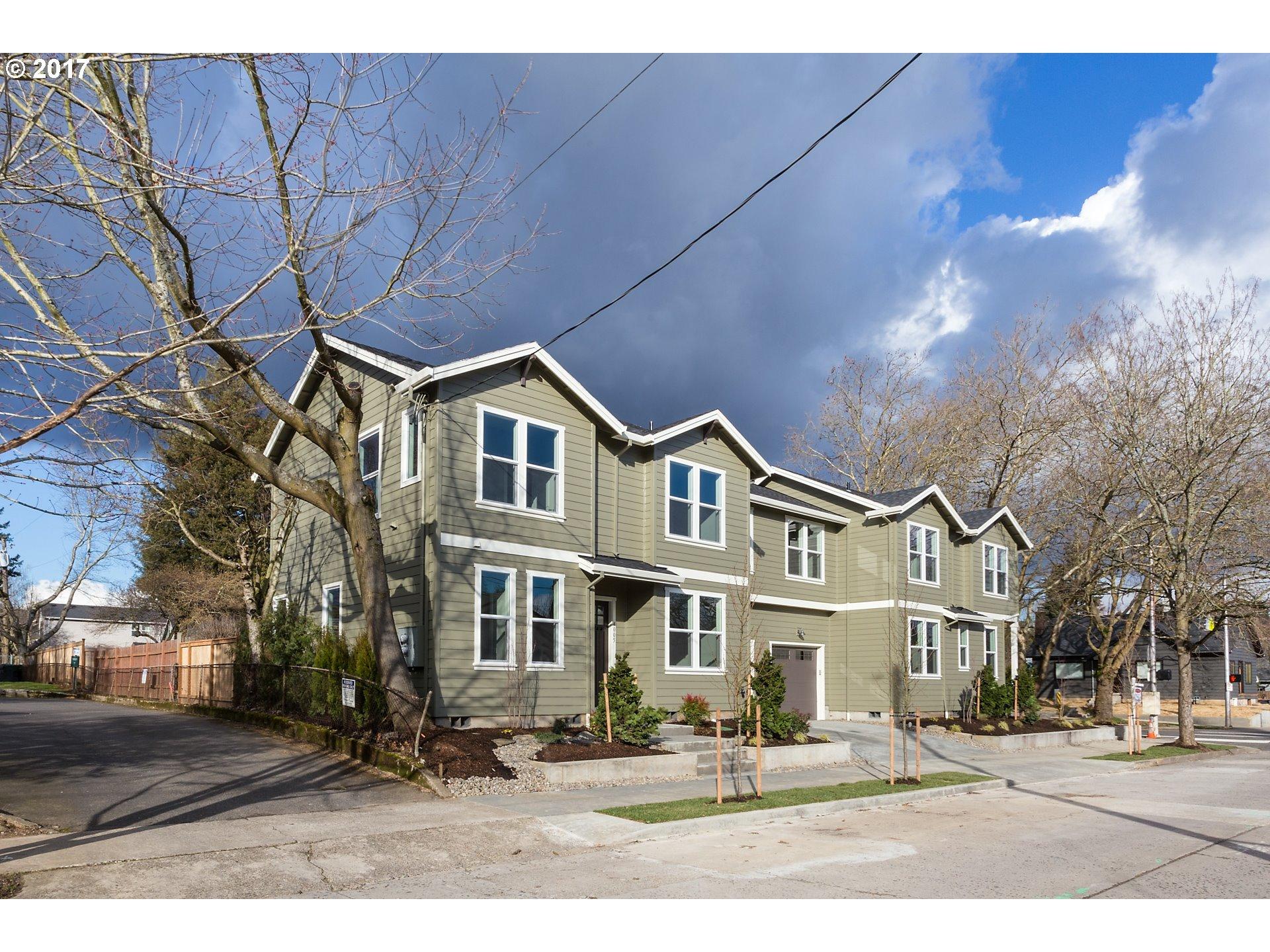 1455 NE Shaver ST, Portland, OR 97212