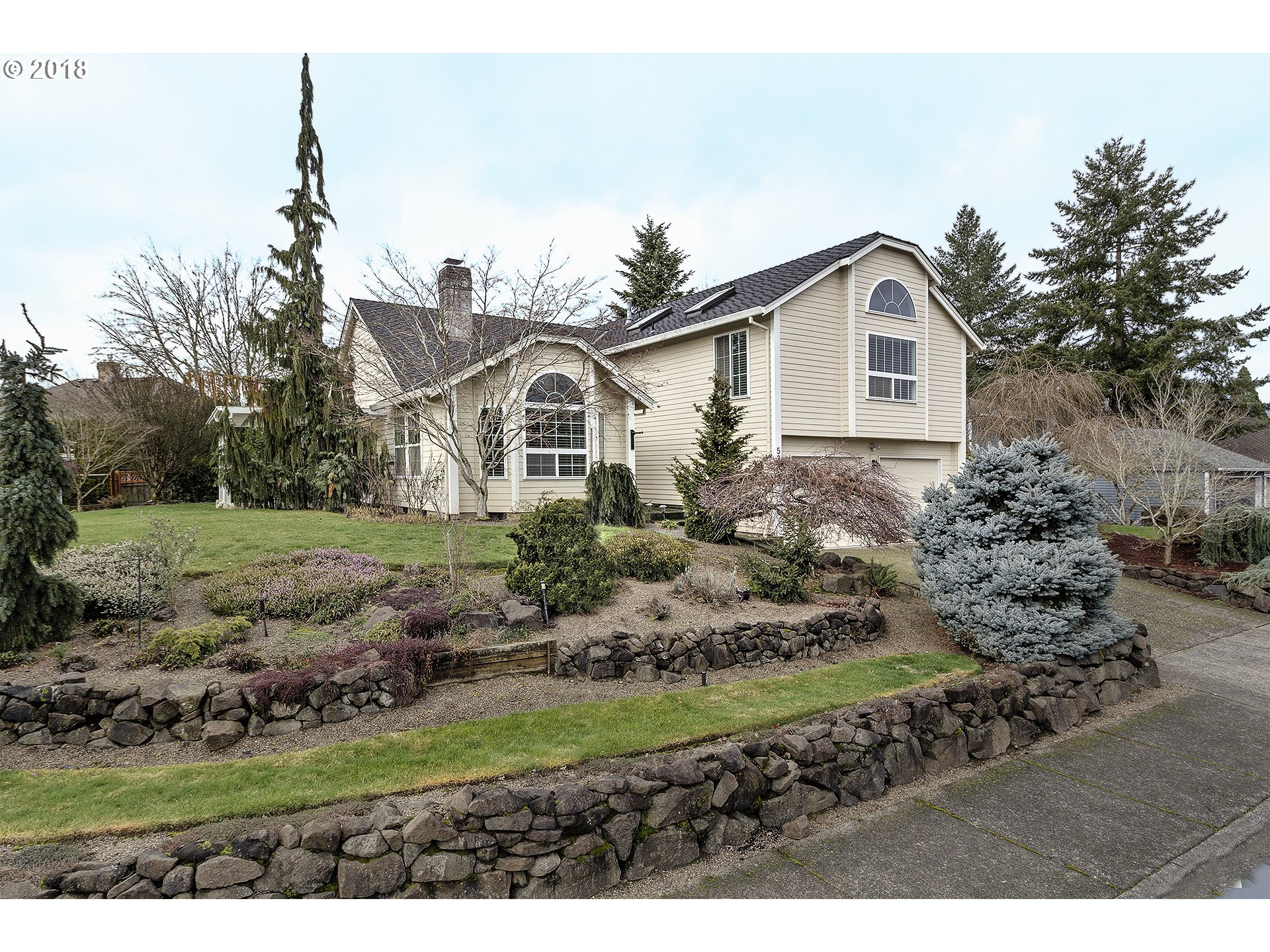 5345 NW EDGEBROOK PL, Portland, OR 97229