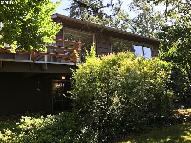 113 W 30TH AVE, Eugene OR 97405