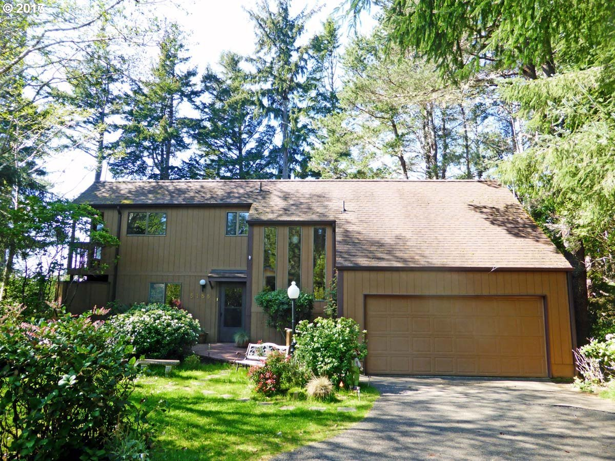 5188 RUSSELL DR, Florence, OR 97439