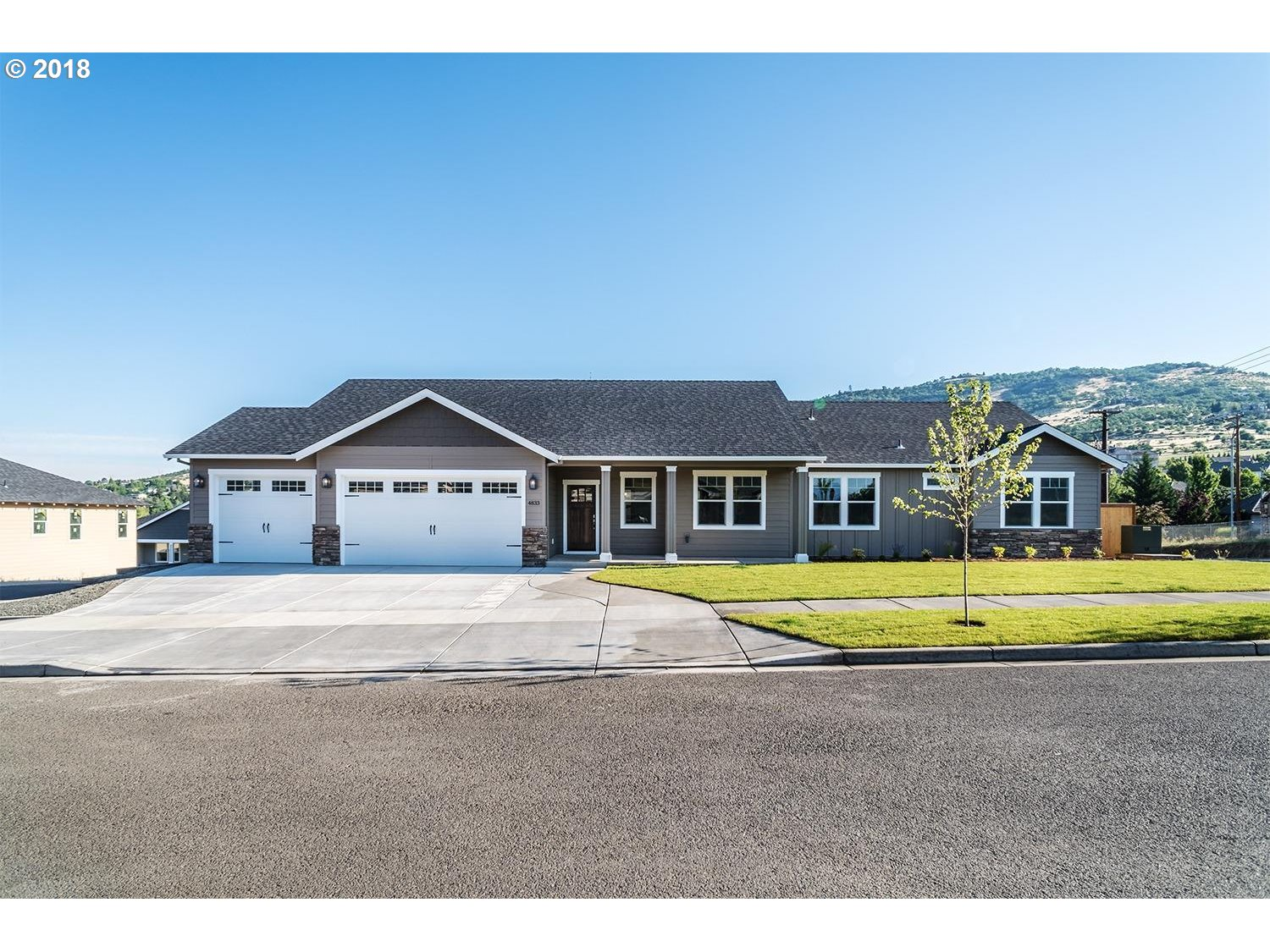 Applegate, OR 4 Bedroom Home For Sale