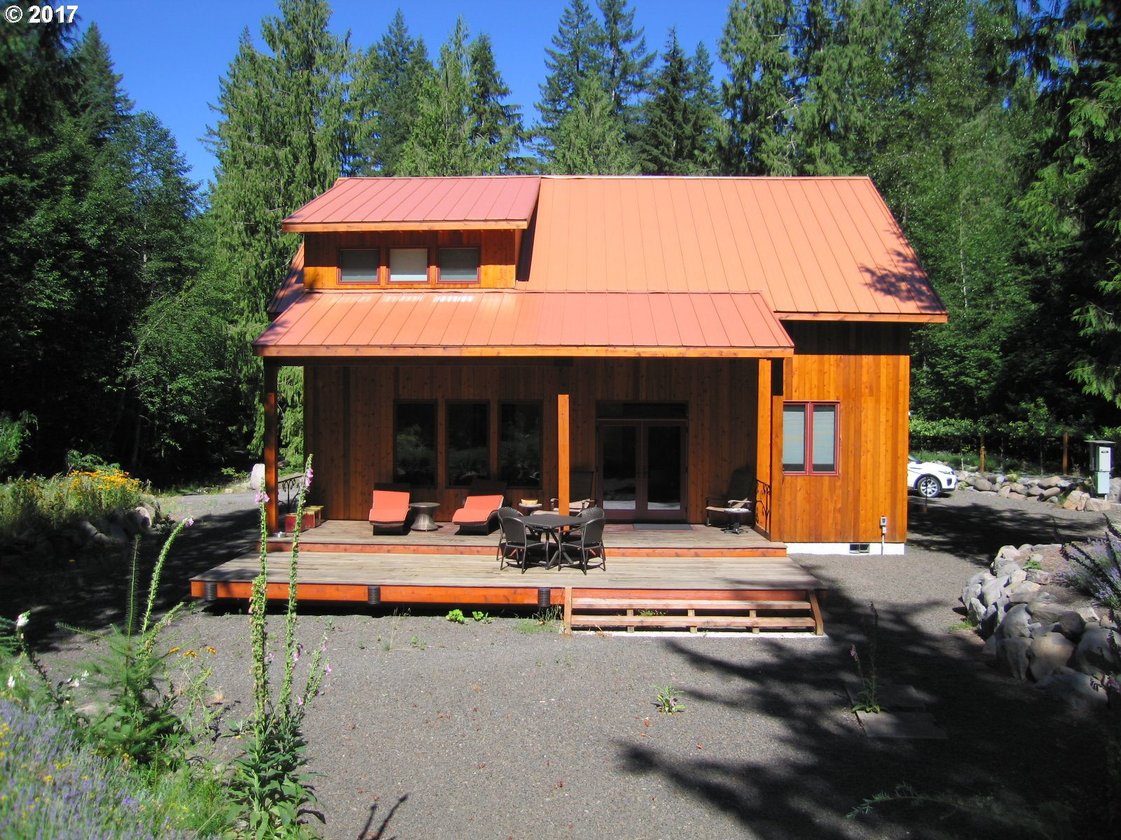 21102 E BRIARWOOD RD, Rhododendron, OR 97049