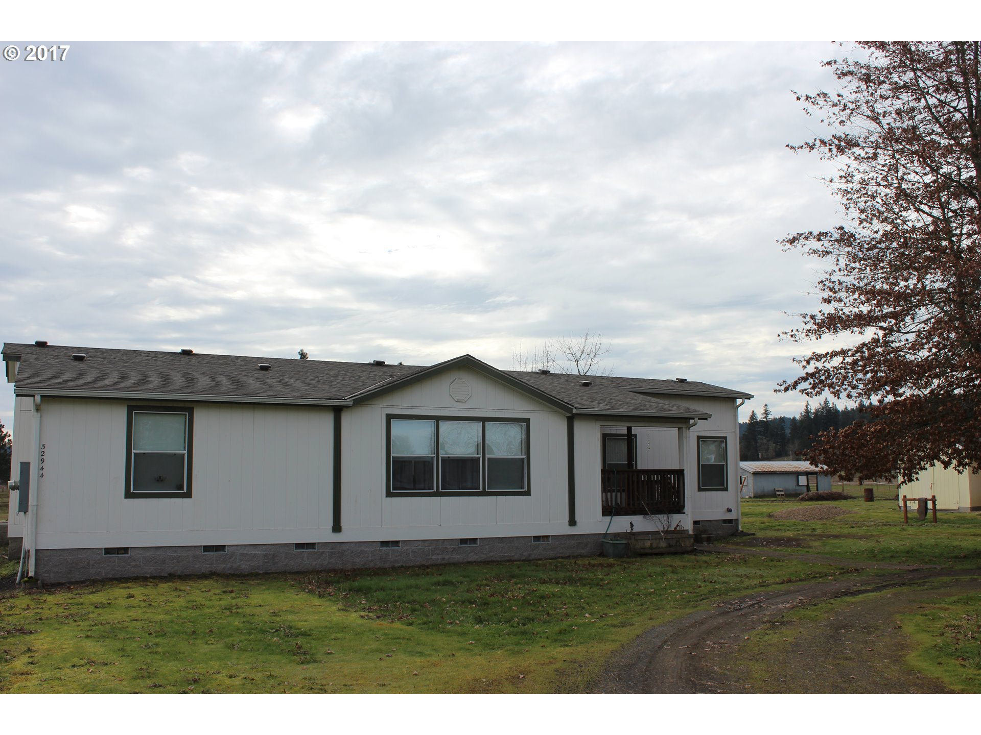 32944 FLORENCE AVE, Creswell, OR 97426