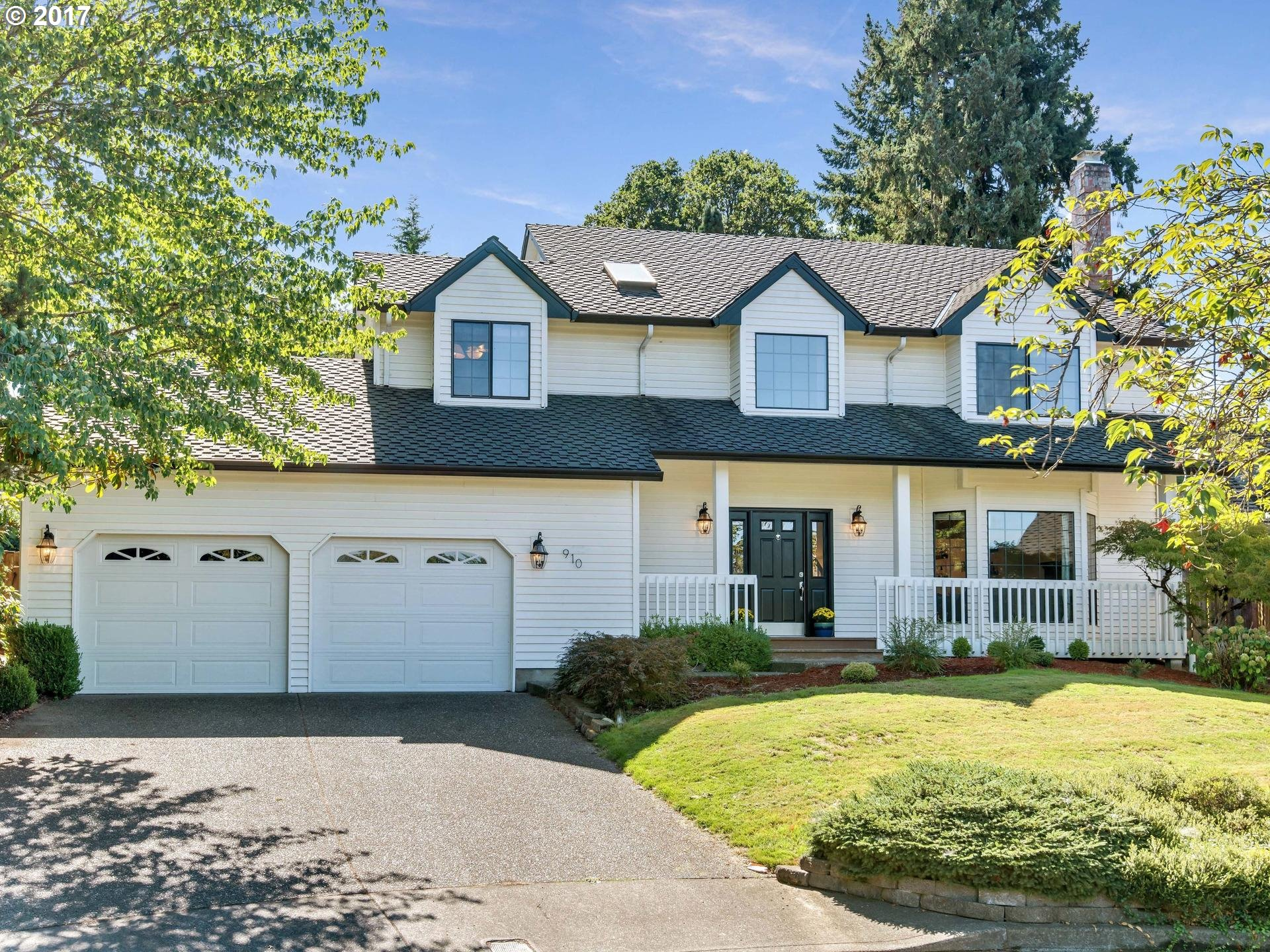 Open 9/23 12-2pm. Charming & spacious home w/ all the Waterhouse Community amenities. Tons of natural light thanks to many windows & skylights. Formal living room w/ fireplace & formal dining room. Open kitchen w/ granite, SS appliances, breakfast nook. Family room w/ gas fireplace & vaulted ceilings. Huge master suite w/ WI-closet & dbl sinks. Tons of storage throughout. Large, quiet, fenced backyard w/ play structure & patio