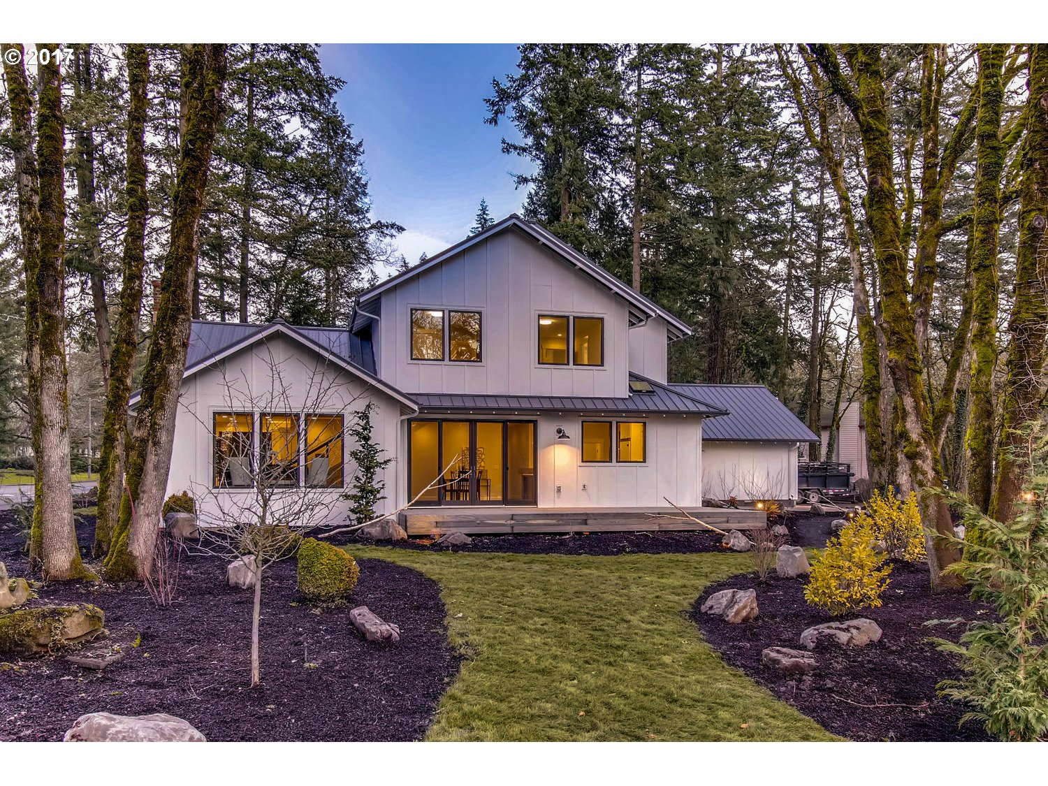 15112 QUARRY RD, Lake Oswego, OR 97035