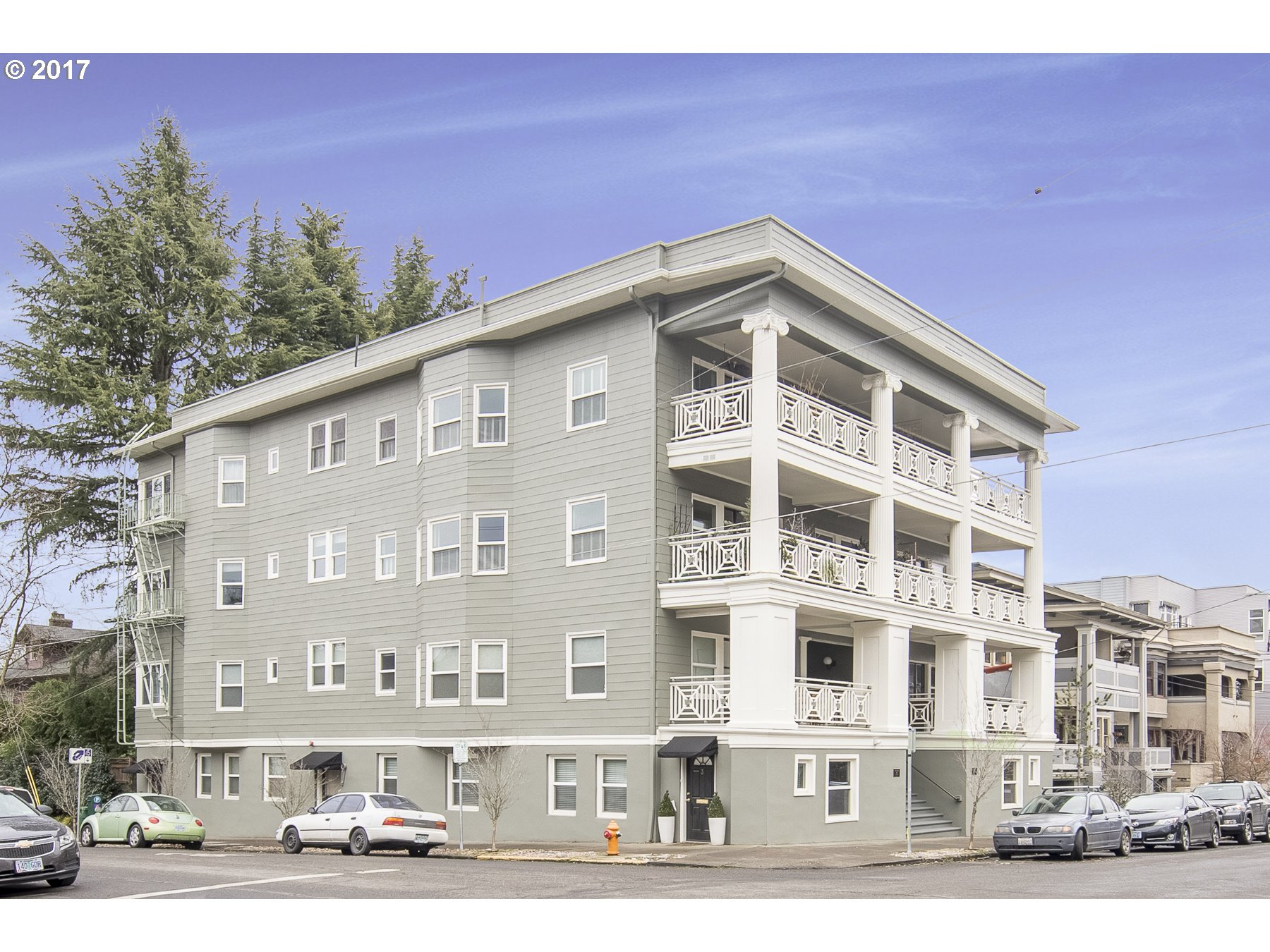 2387 NW NORTHRUP ST #9, Portland, OR 97210