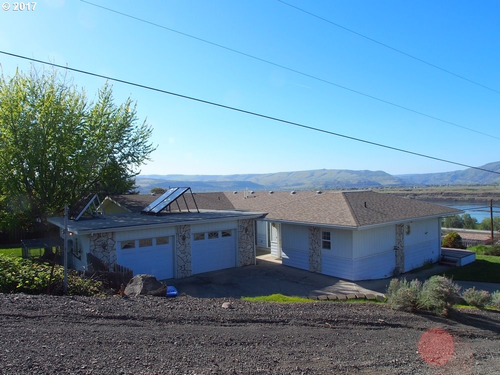 2656 OLD DUFUR RD, THE DALLES, OR 97058