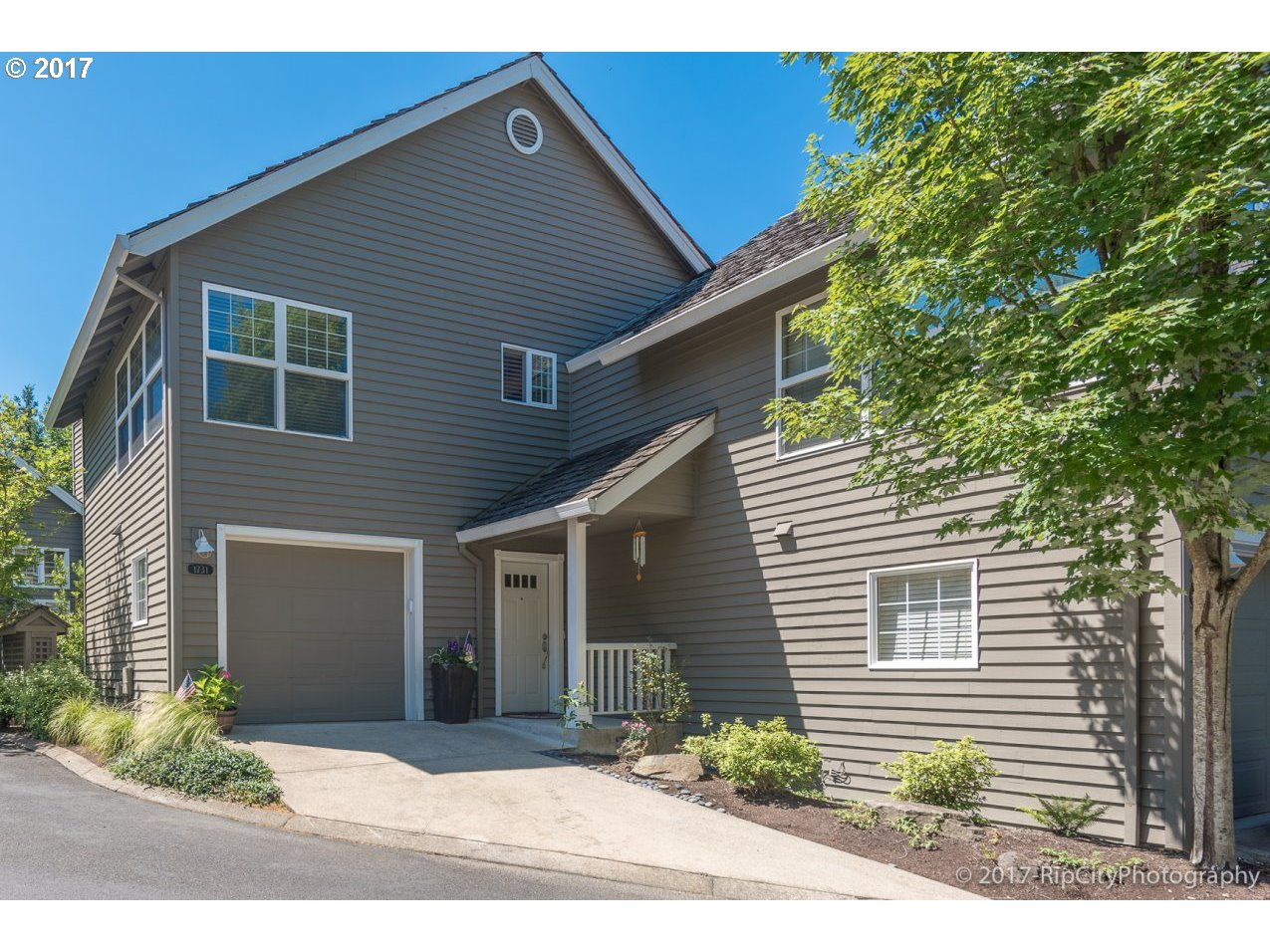 1731 NW MILLER HILL CT, Portland, OR 97229