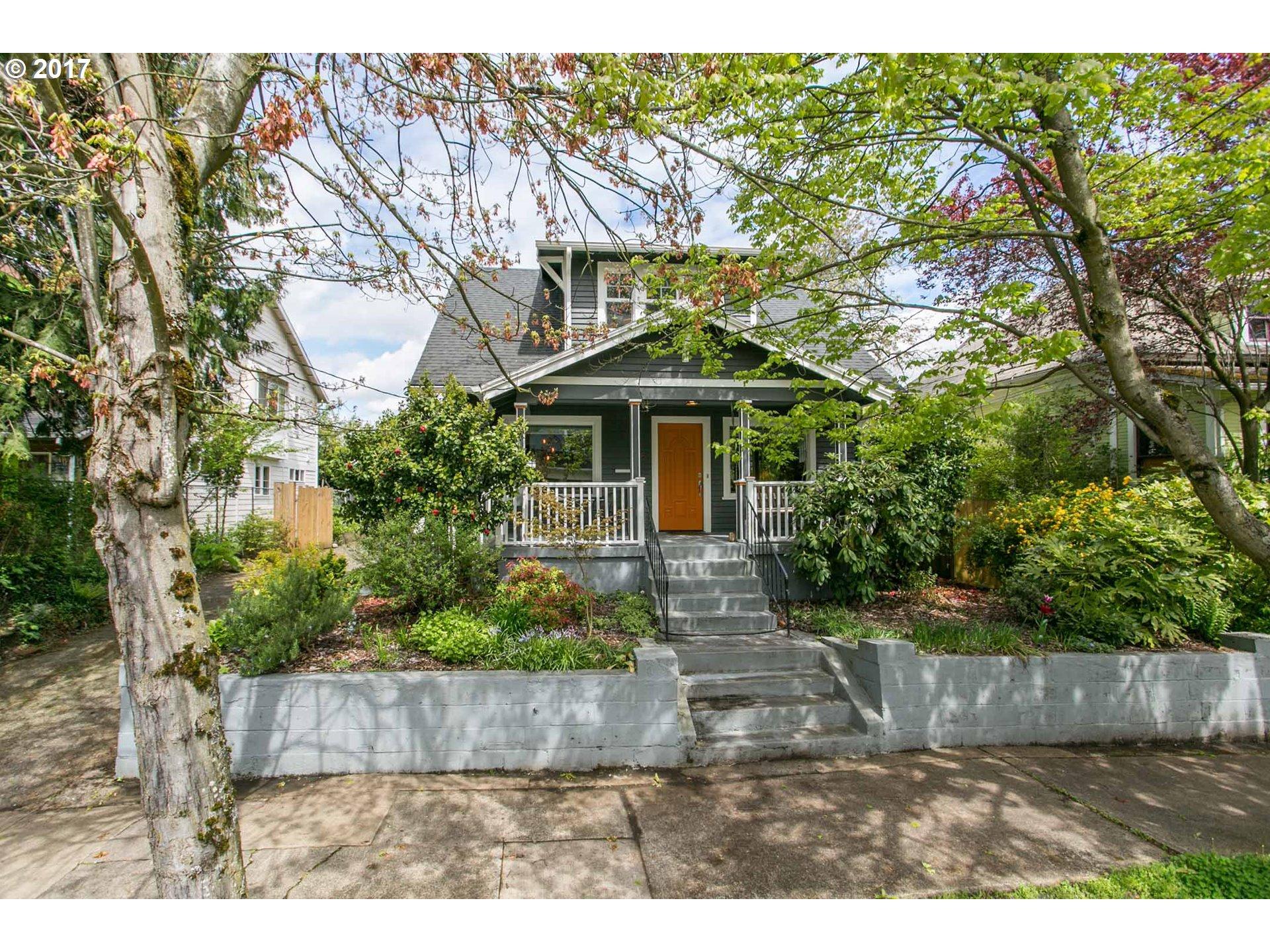 1145 NE ROSELAWN ST, Portland, OR 97211