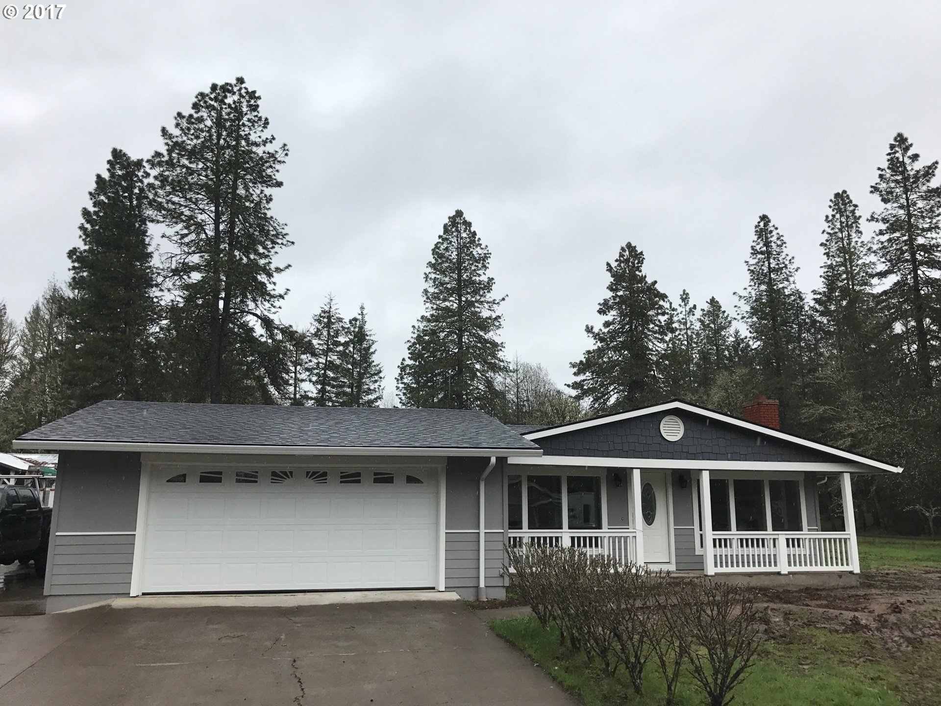 24775 WARTHEN RD, Elmira, OR 97437