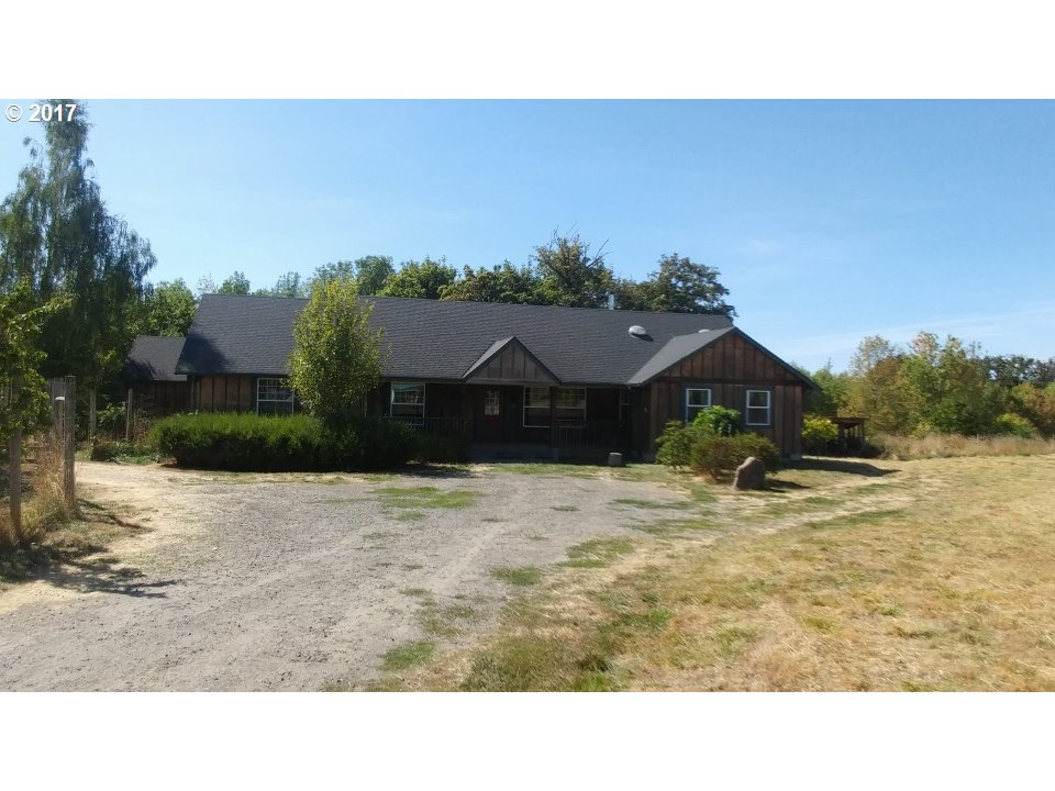 8220 SW RIVER BEND RD, McMinnville, OR 97128