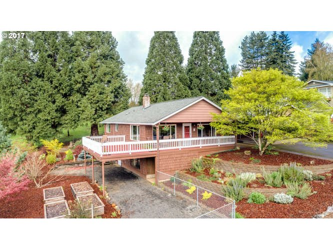 1010 SW RED HILLS DR, Dundee, OR 97115