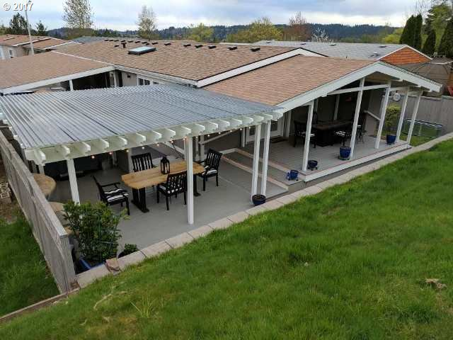 14910 S BROOKFIELD DR, Oregon City, OR 97045