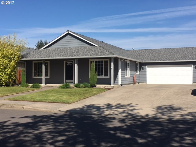 60 VILLAGE DR, Creswell, OR 97426