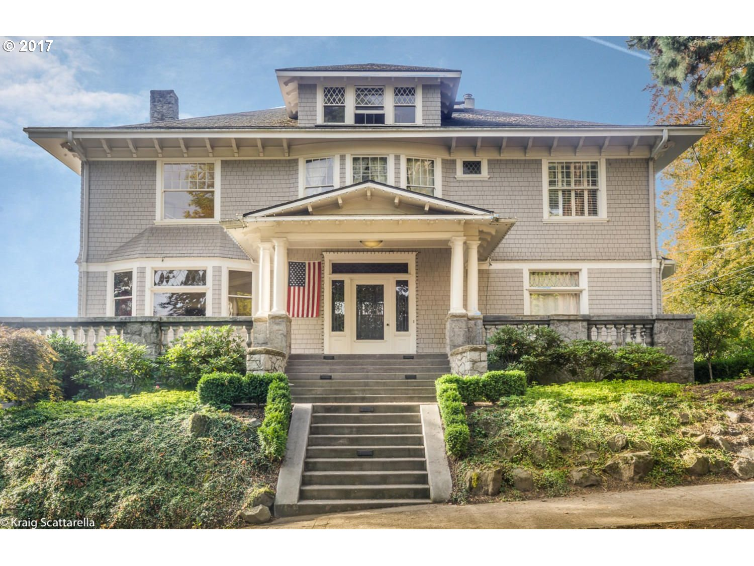2188 SW MAIN ST, Portland, OR 97205