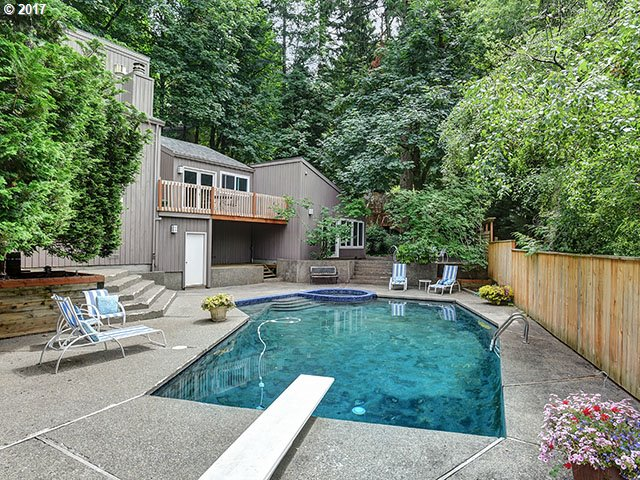 17697 Blue Heron RD SW, Lake Oswego, OR 97034