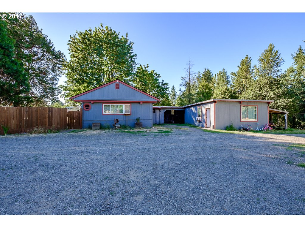 28231 SANTIAM HWY, Sweet Home, OR 97386