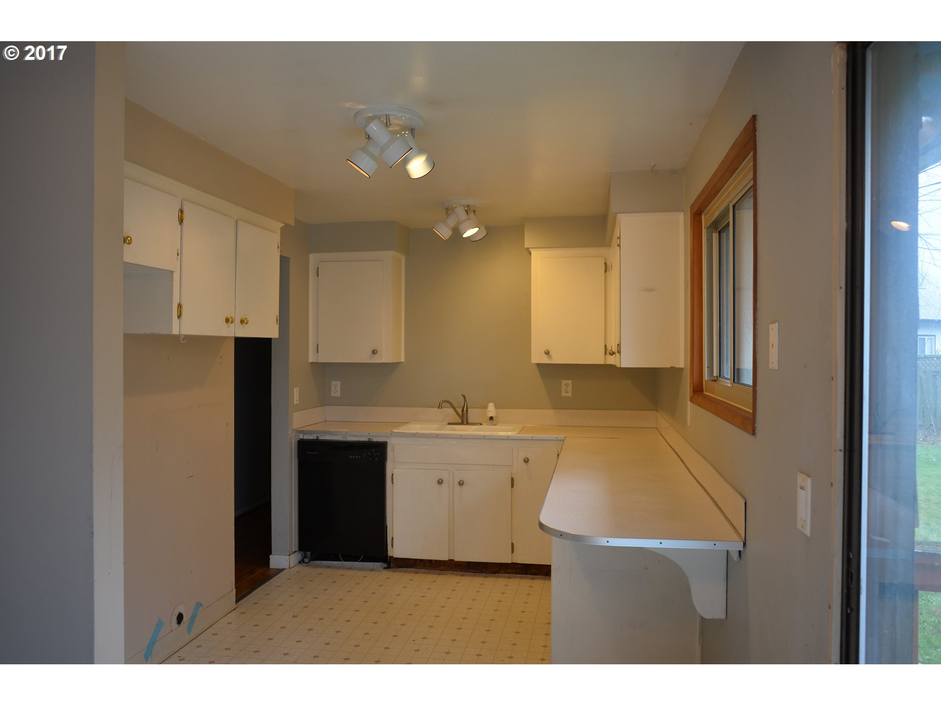 1000 sq. ft 3 bedrooms 1 bathrooms  House ,Portland, OR